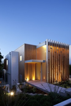 Brown Vujcich House / Bossley Architect's on Inspirationde