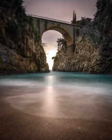 Incredibe #bridge in Fiordo Di Furore by Nick Pegan @pegs4days