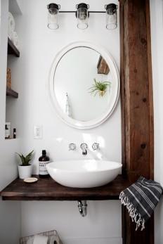 DIY Floating Sink Shelf on Inspirationde