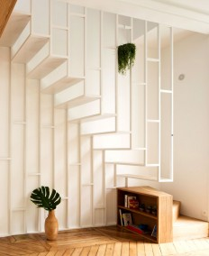 A staircase that connects internally the two floors – elegant and artistic structure that takes no extra space. on Inspirationde