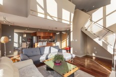 Urbane Vancouver Loft Merges with Advanced Living on Inspirationde