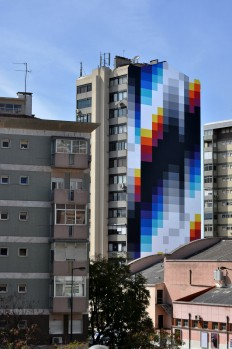 Expansive Black and White Patterns Mixed With Chrome Color Spectrums in Murals by Felipe Pantone | Colossal