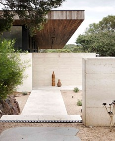 Layer House by Robson Rak Architects on Inspirationde