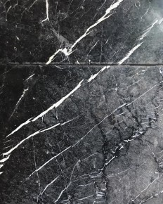 """???? na Instagramie: """"i went outside today and i saw this ???????????? #marble #hamburg #blackandwhite #textureporn"""""""