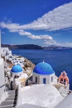 Oia, Santorini ... absolutely breathtaking. : travel