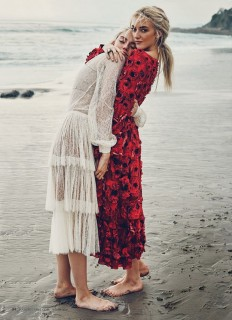 The Atomics by Beau Grealy for Marie Claire on Inspirationde