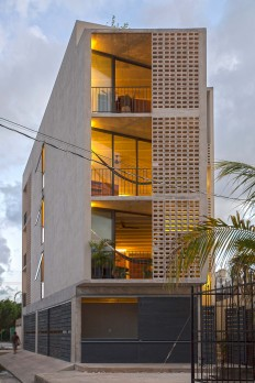 JC Arquitectura / Juan Carral · Estudios Donceles 1.0 on Inspirationde