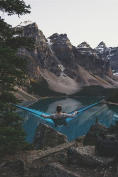 Explore The wilderness by Chris Burkard on Inspirationde