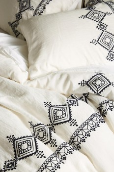 Embroidered Argenta Duvet Cover | Anthropologie