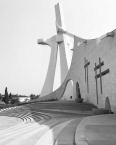 "seguner on Instagram: ""#cathedrale st paul #abidjan #cotedivoire #fildi?isahili #afrika #katedral"" • Instagram"