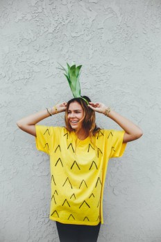 Be a Pineapple: Halloween Costume DIY on Inspirationde