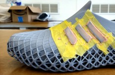 aarish_netarwala_3d_printed_Shoes_04.jpg (JPEG Image, 1200×785 pixels)