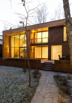 HOUSE IN MOSCOW on