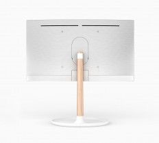 Blond_Samsung_QLED-TV_Personality_Back-and-Side_White-Tray-Stand_Oak-Leg_03.jpg (1668×1504)
