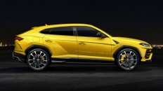 2019 Lamborghini Urus officially revealed - Autoblog