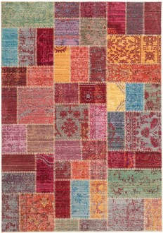 Quilt Watercolor Area Rug | Safavieh Valencia Collection