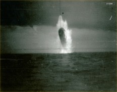 Clone-scan-photos-of-submarine-USS-trepang-8-1.jpg (2867×2254)