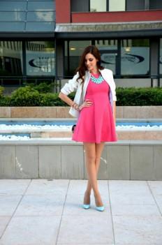 LoLoBu – Miss Selfridge Coral Cute Skater Dress on Inspirationde