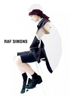 RAF SIMONS – CAMPAIGN – FALL / WINTER – 2012/13 on Inspirationde
