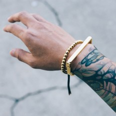 The Bar Bracelet paired with the new Grand Bracelet on Inspirationde