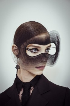 Christian Dior Haute Couture | Stephen Jones millinery on Inspirationde