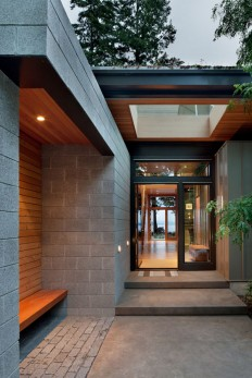 Sustainable home with modern design aesthetic on Inspirationde