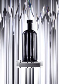 TrendCrib // Absolut Crystal Pinstripe Bottle