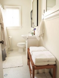 Taming the Beast: Storing (and Purging) Linens & Towels | Apartment Therapy