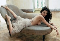 Angelina Jolie in the pages of Vogue - Vogue Daily - Vogue