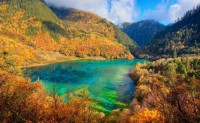 THE WORLD GEOGRAPHY: 12 of the Most Beautiful Lakes in the World
