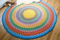 DIY, Ideas - fabrics, wool, paper, etc. / Braided rug made from T-shirts... looks great but also lots of work...