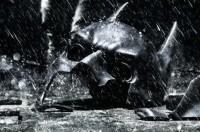The-Dark-Knight-Rises-sera-deconseille-aux-moins-de-13-ans_portrait_w532.jpg (532×350)