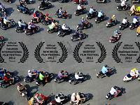 Traffic in Frenetic HCMC, Vietnam on Vimeo