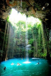 Things that make me go Wow! :P / Cenote Ik kil - Yucatan, Mexico