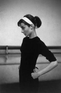 Audrey Hepburn Paris 1956 Photo: David Seymour | Audrey Hepburn