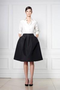 Crno-bela kombinacija za posao | USCE Moda