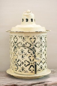 for the ???? of lanterns and romantic lighting / Lantern