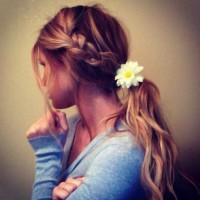 Hair Lust / braids and daises