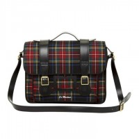 Plaid messager bag. Love. | Mad for Plaid