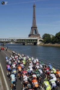 Tour de France...would love to be there. | Live to Ride...Ride to L...