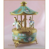 ?Trinket Box? / Limoges Porcelain Trinket Box
