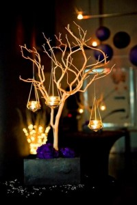 Wedding Reception/Themes / DIY Manzanita Centrepieces : wedding black purple inspiration diy reception manzanita branches manzanita centrepieces Weddingmanzanitacentrepieces